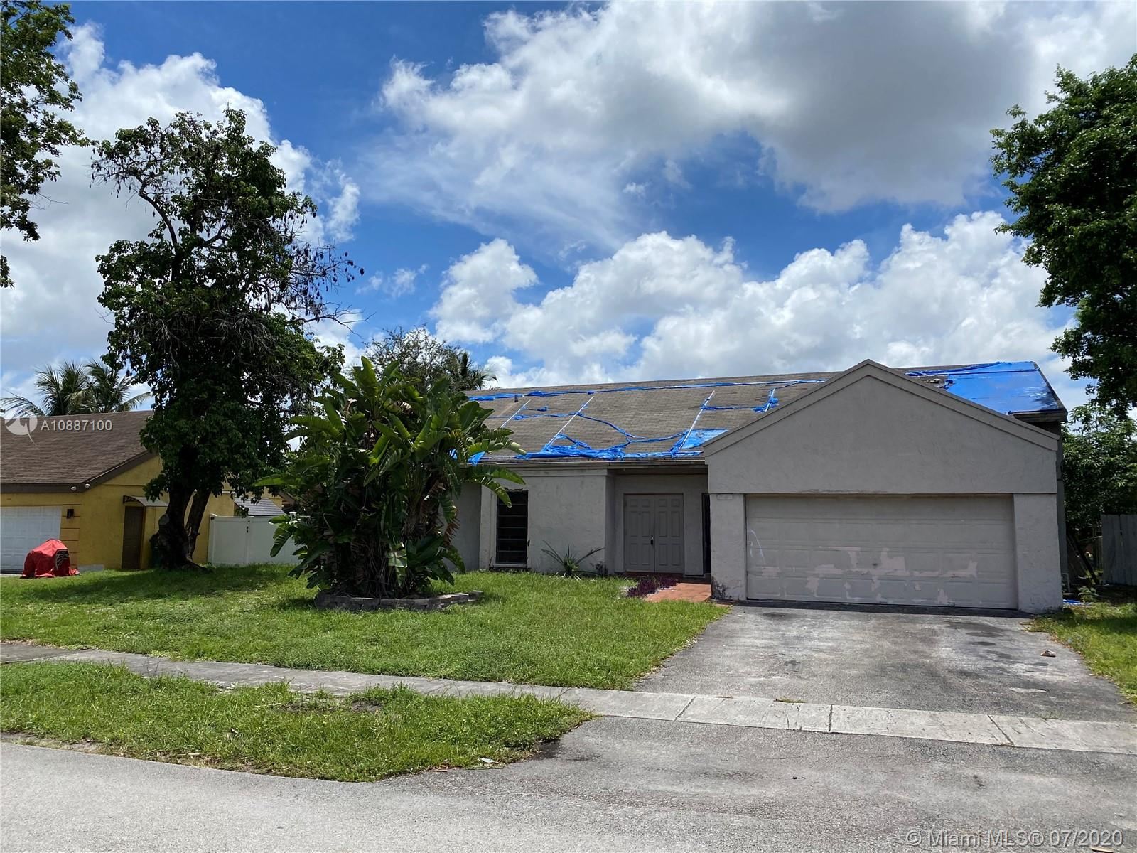 2741  Buttonwood Ave  For Sale A10887100, FL