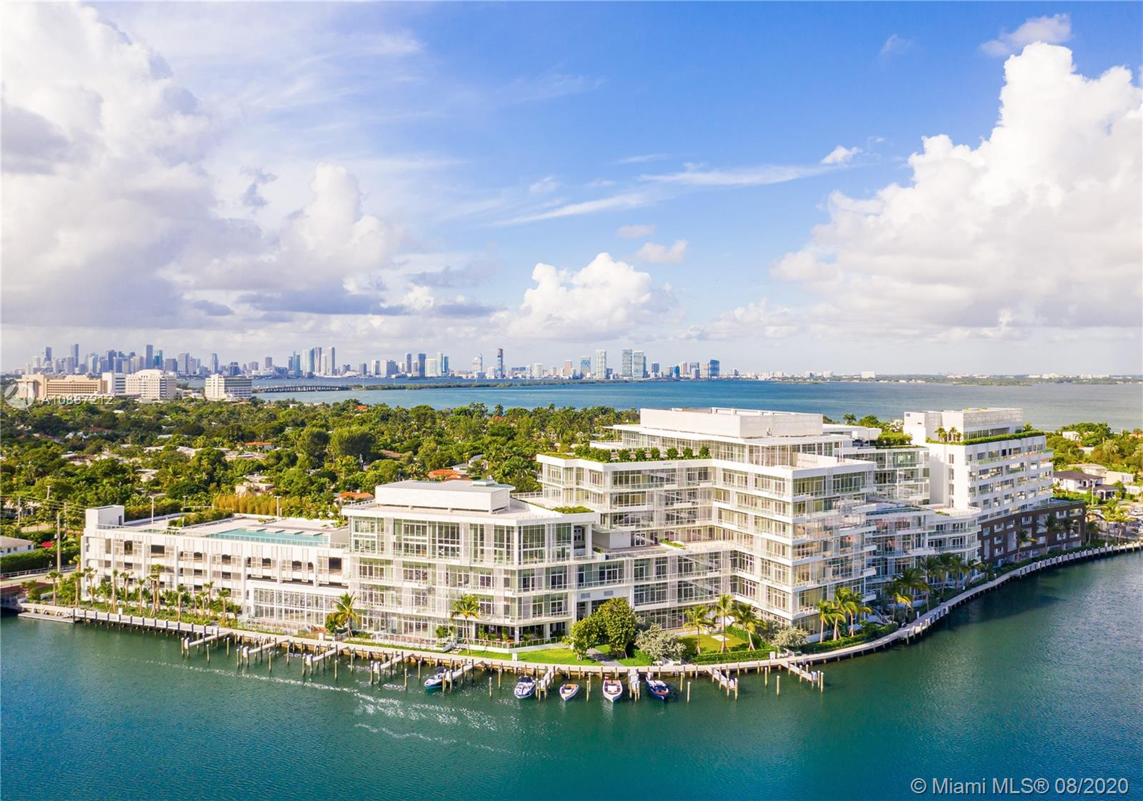 4701  Meridian #309 For Sale A10887212, FL