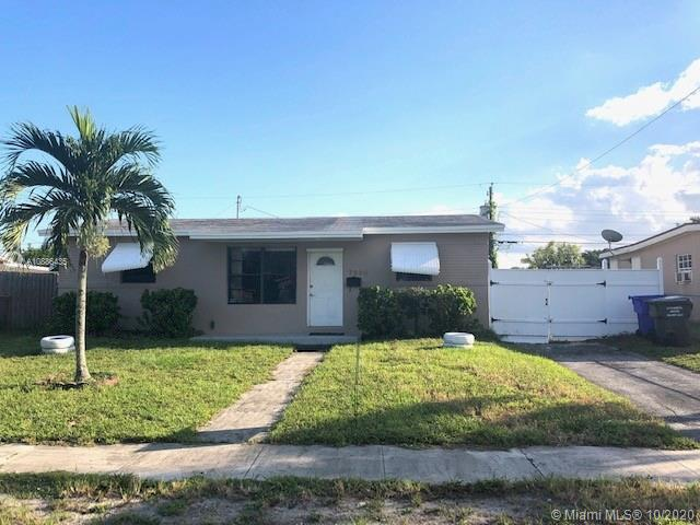 7390  Arthur St  For Sale A10886435, FL