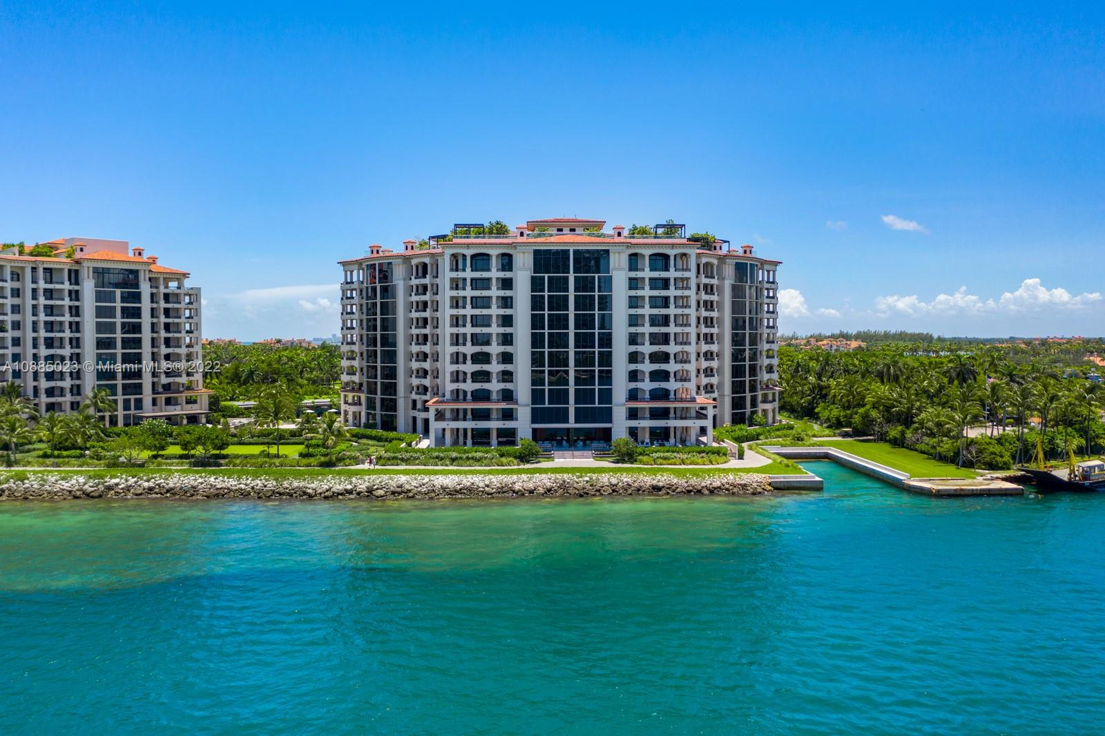 6835  Fisher Island Dr #6835 For Sale A10885023, FL
