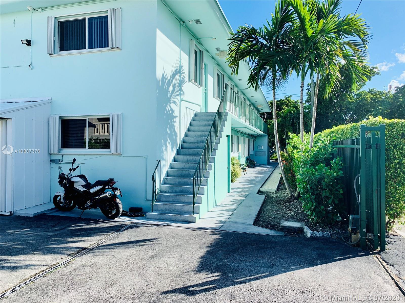 479 SW 3rd St #6 For Sale A10887376, FL