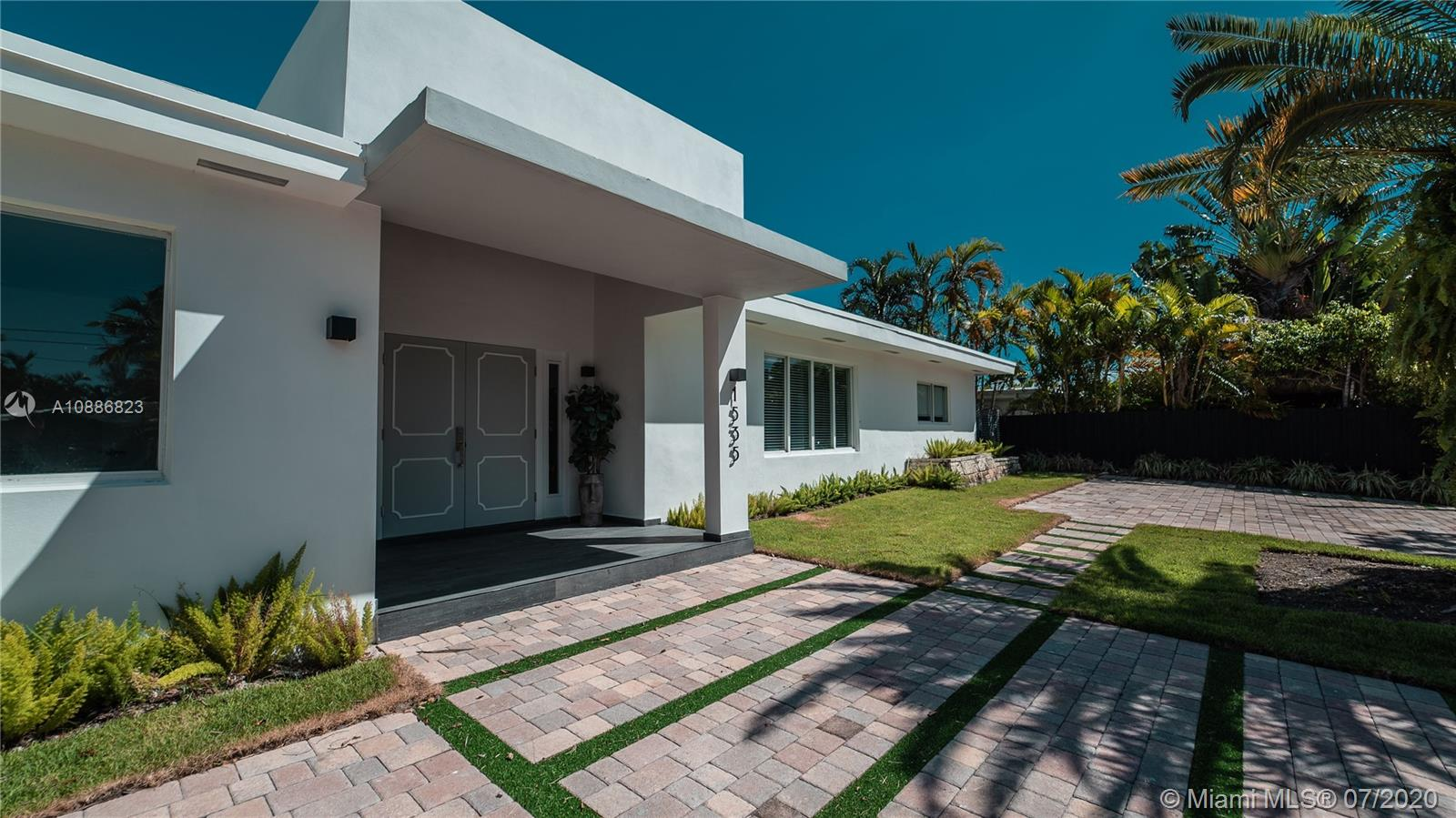 1535  Cleveland Rd  For Sale A10886823, FL