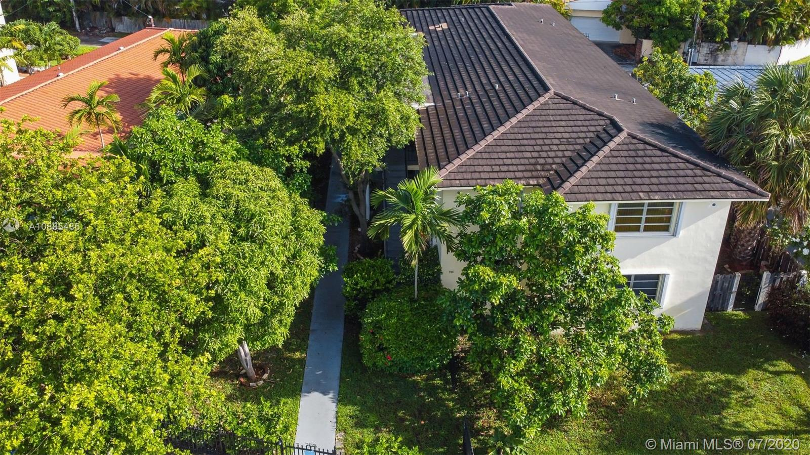 705 NE 92nd St  For Sale A10885486, FL
