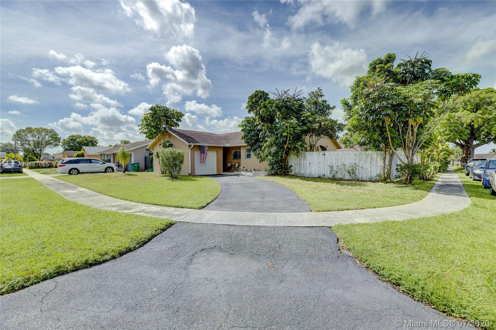 8360 NW 47th Ct  For Sale A10887655, FL