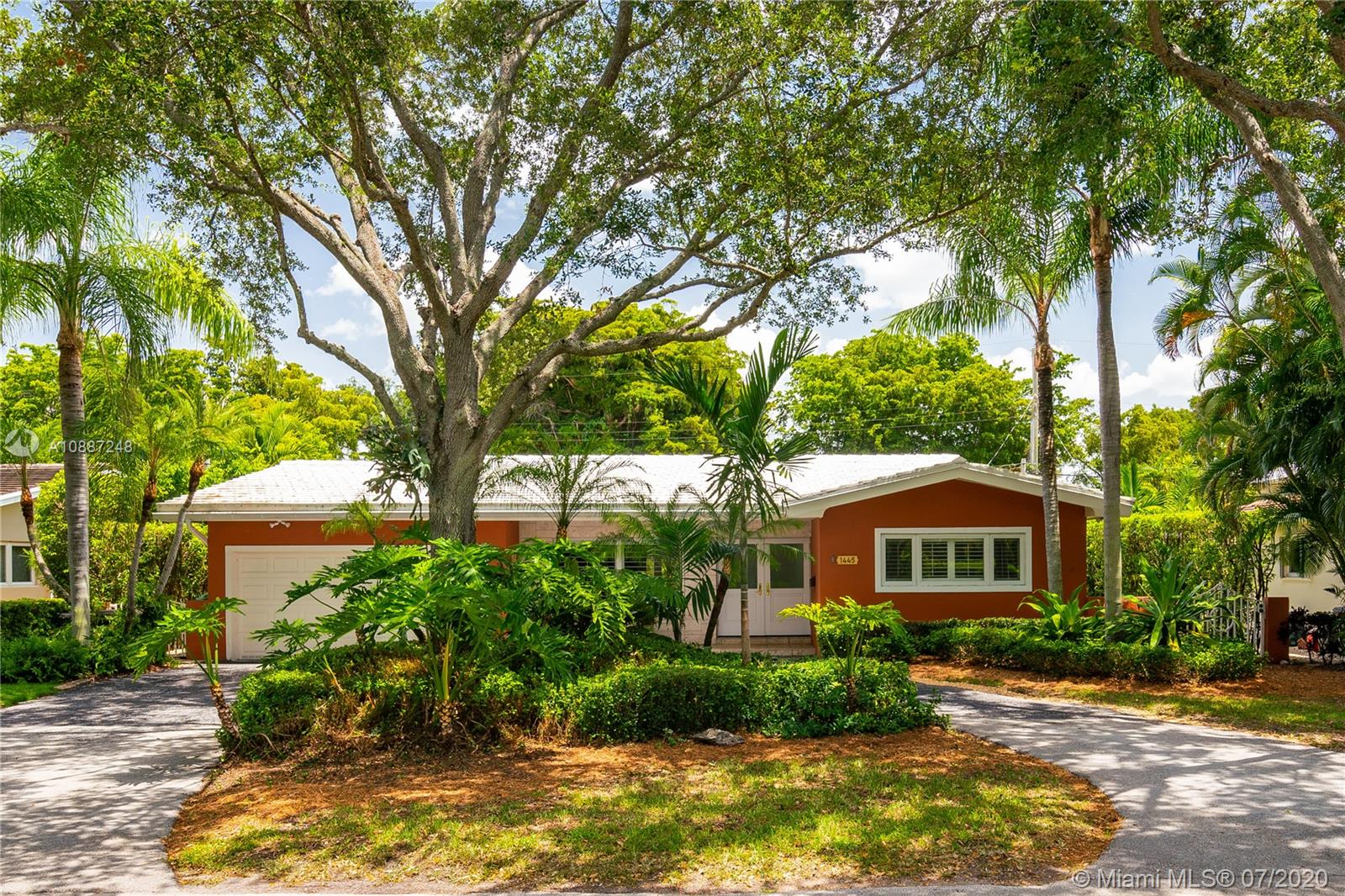 1445  Alegriano Ave  For Sale A10887248, FL