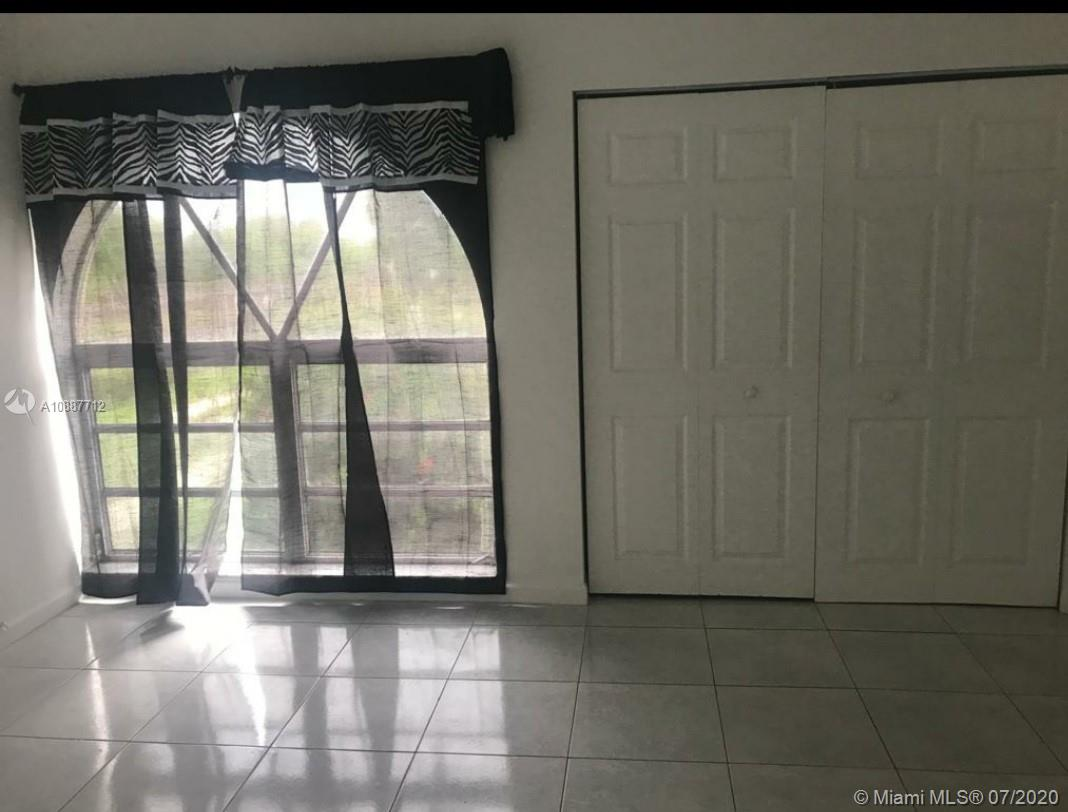 10661 SW 108th Ave #2B For Sale A10887712, FL