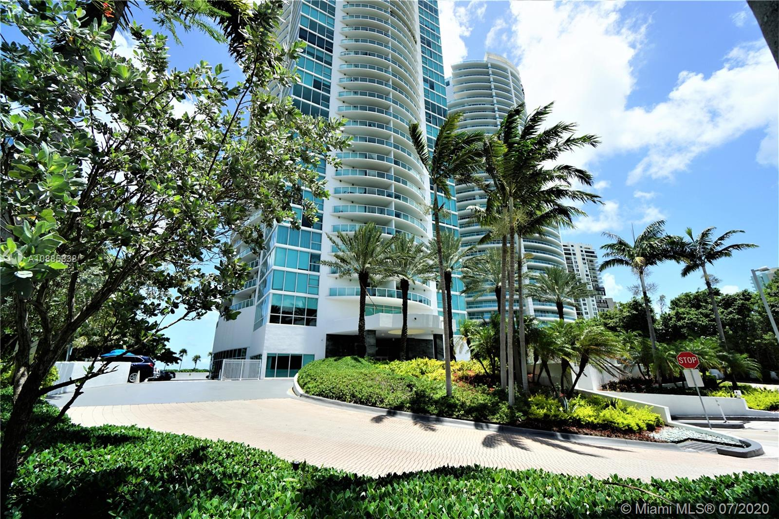 2101  Brickell Ave #2705 For Sale A10885838, FL