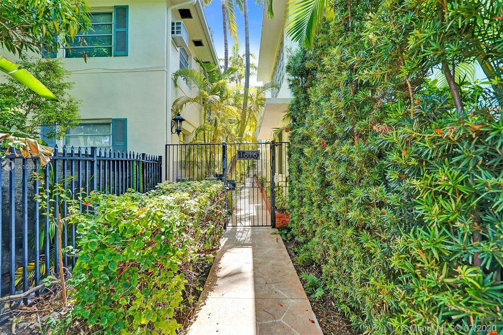 1616  Michigan Ave #10 For Sale A10887927, FL