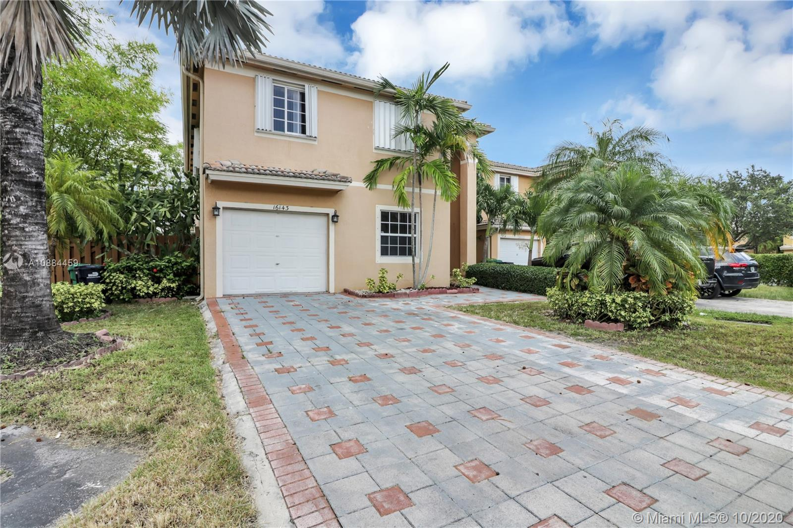 16143 SW 106th Ter  For Sale A10884459, FL