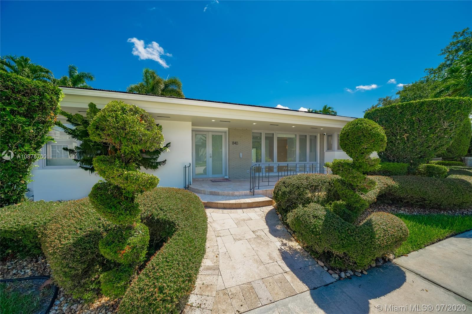 840 NE 76th St  For Sale A10876700, FL