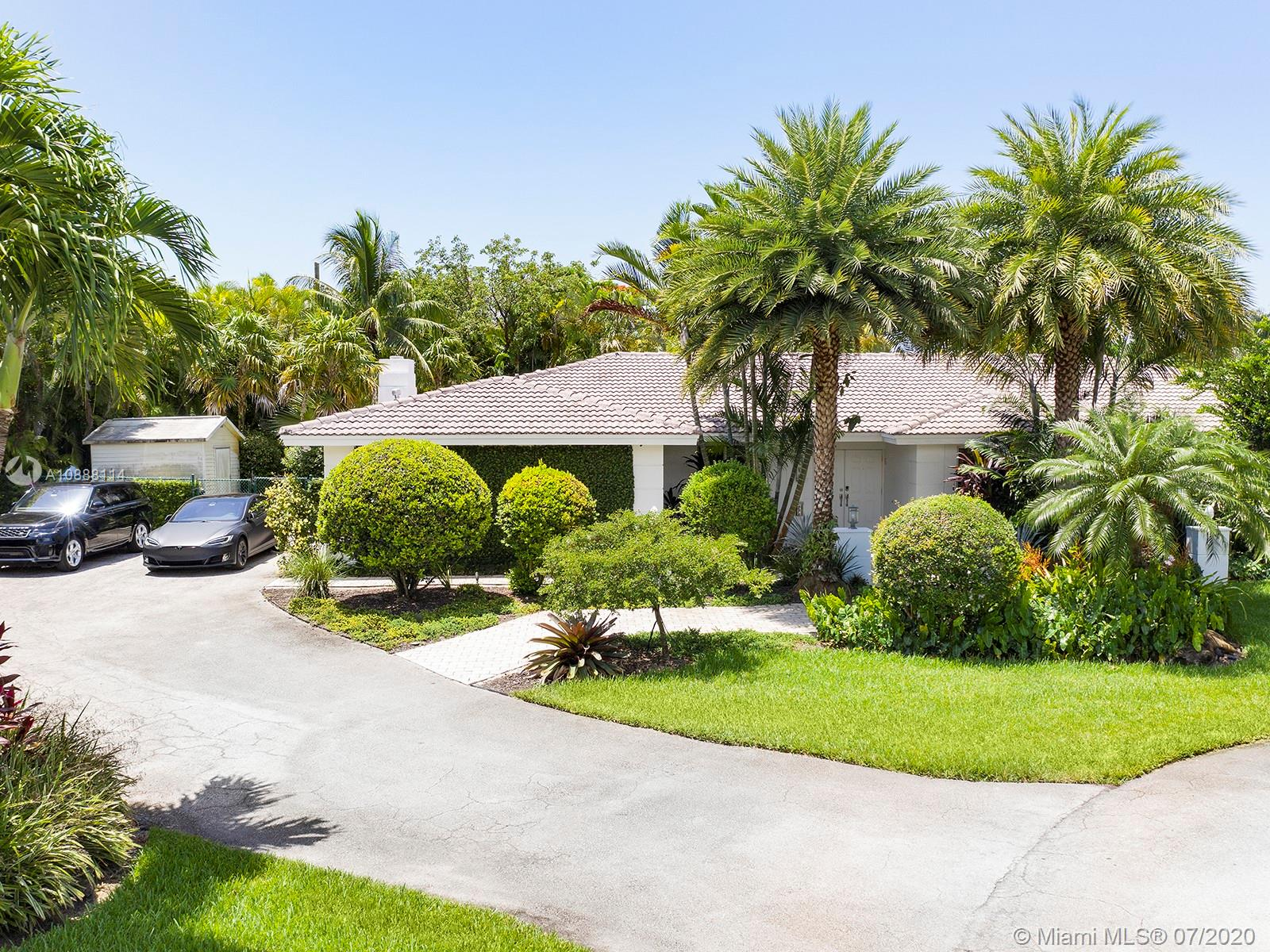 7100 SW 118th St  For Sale A10888114, FL