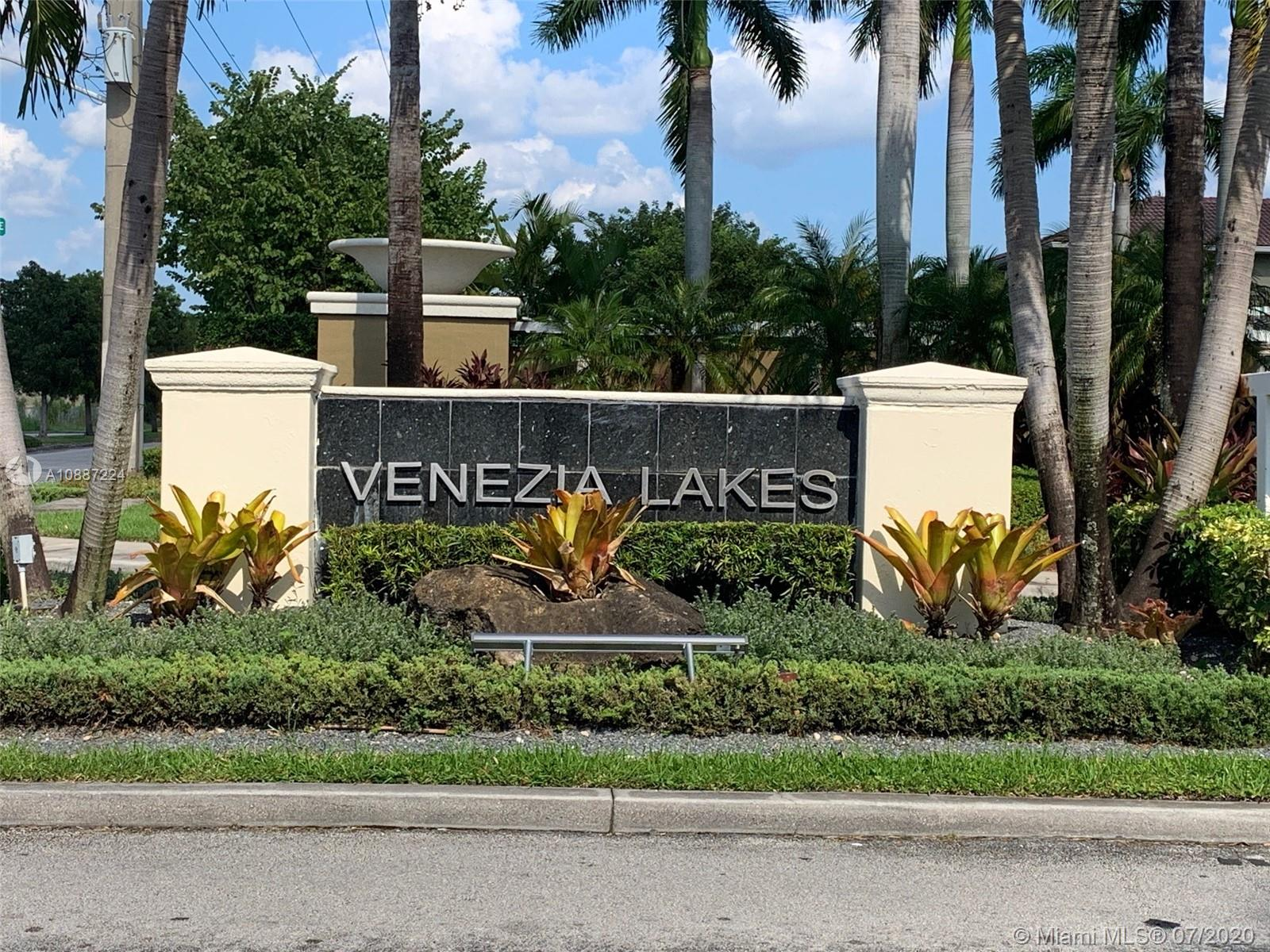 14280 SW 133rd Ave #14280 For Sale A10887224, FL