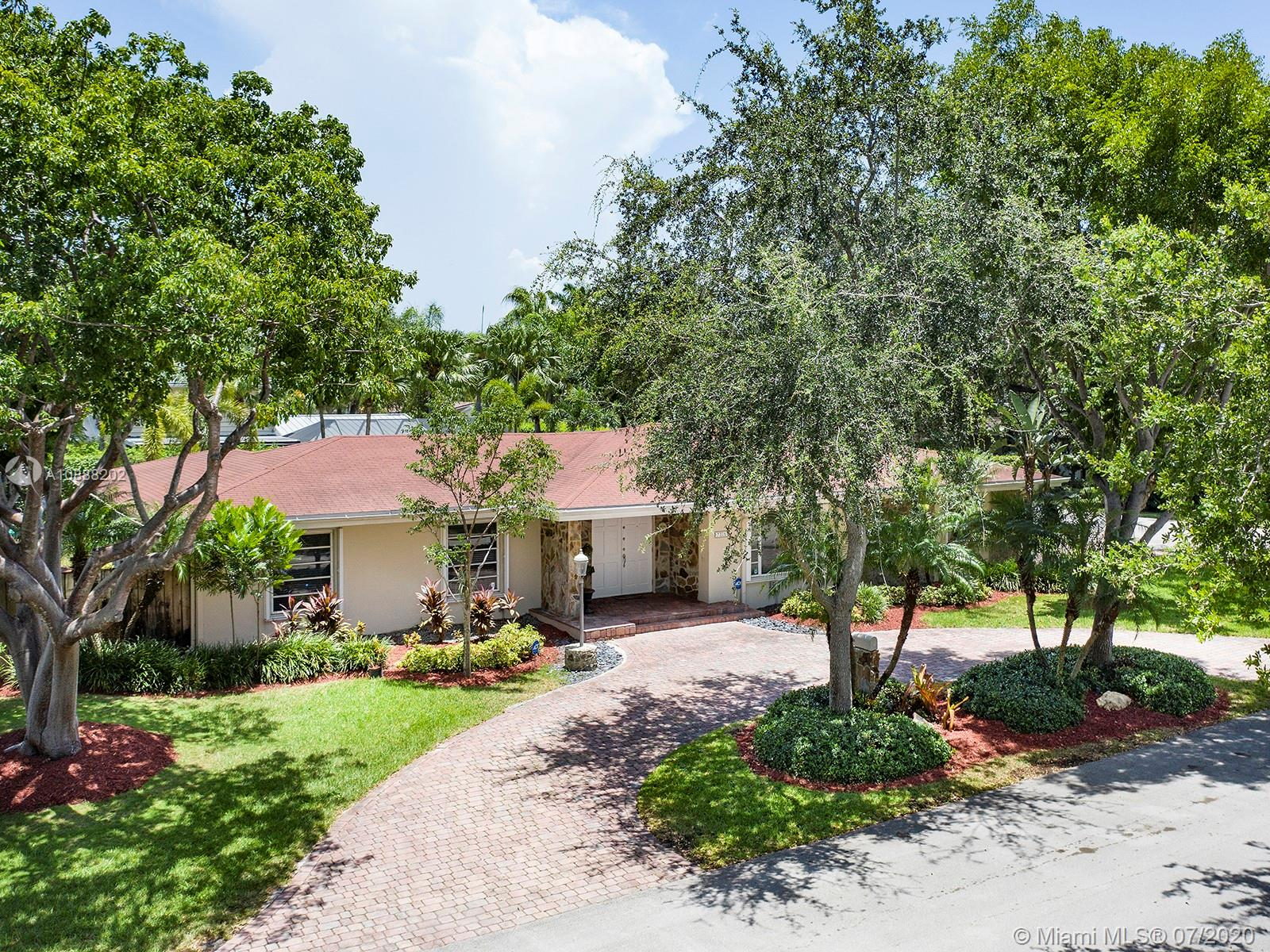 7305 SW 123rd St  For Sale A10888202, FL