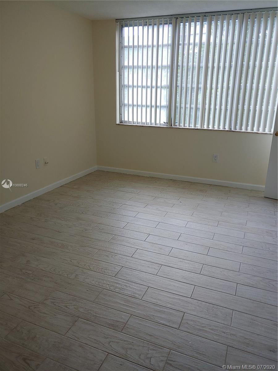 1670 NE 191st St #405-3 For Sale A10888246, FL
