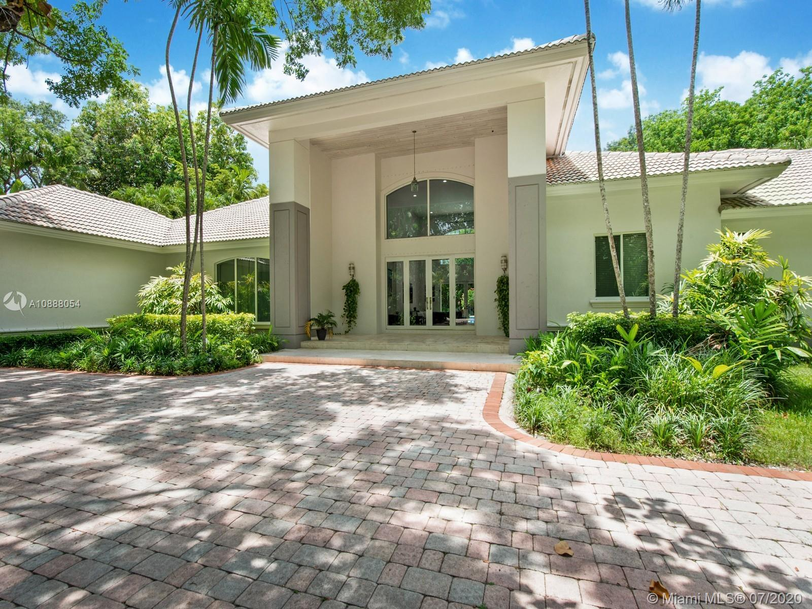 7840 SW 125th St  For Sale A10888054, FL
