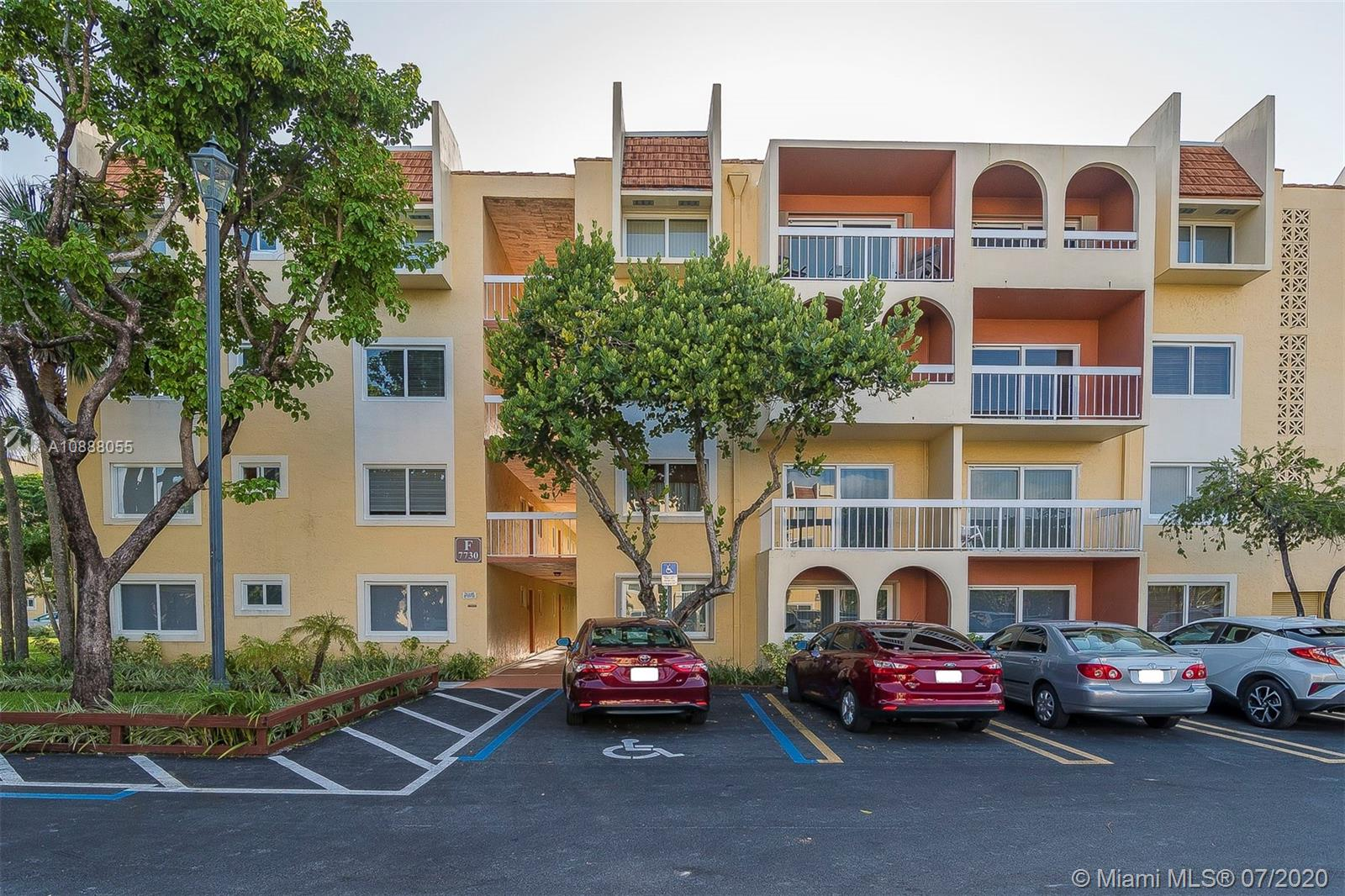 7730  Camino Real #F 406 For Sale A10888055, FL
