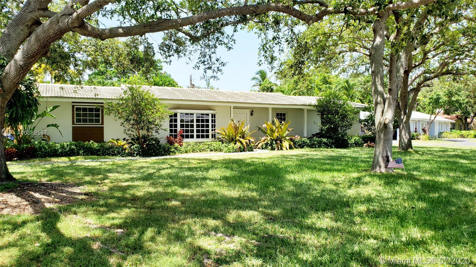 7481 SW 158th Ter  For Sale A10888557, FL
