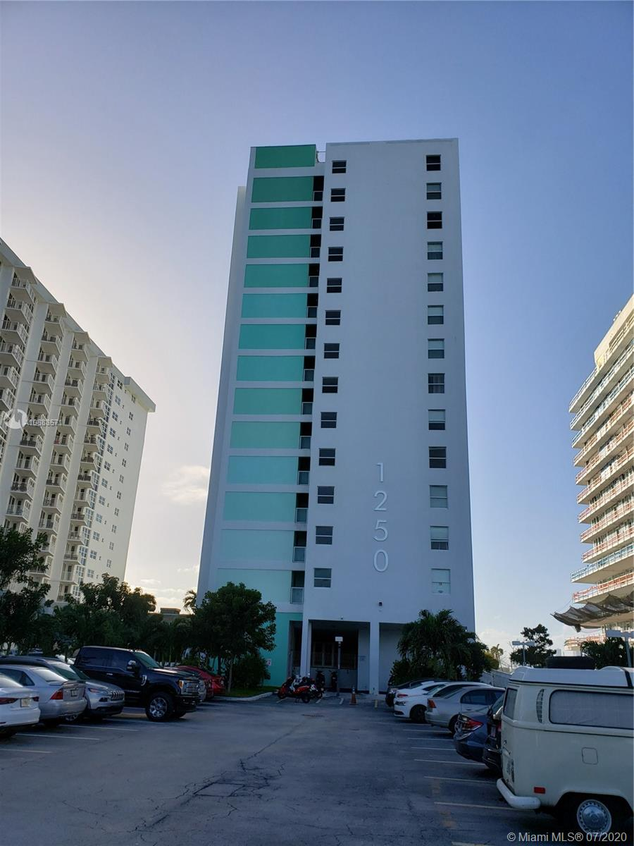 1250  West Ave #12C For Sale A10888571, FL
