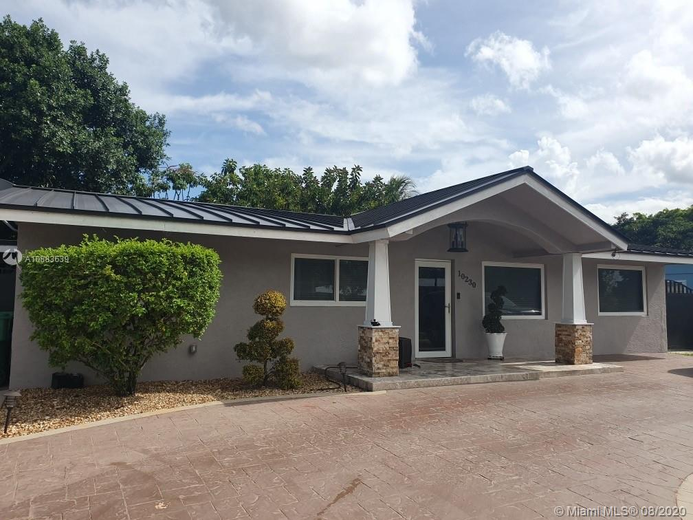 10230 SW 41st Ter  For Sale A10883639, FL