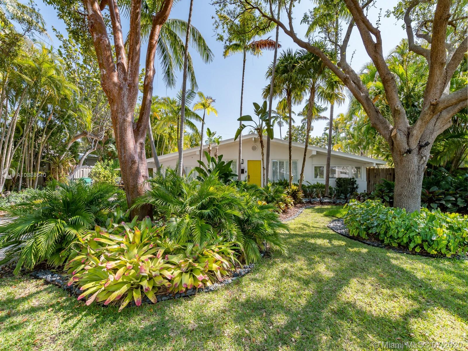 255  Glenridge Rd  For Sale A10888640, FL