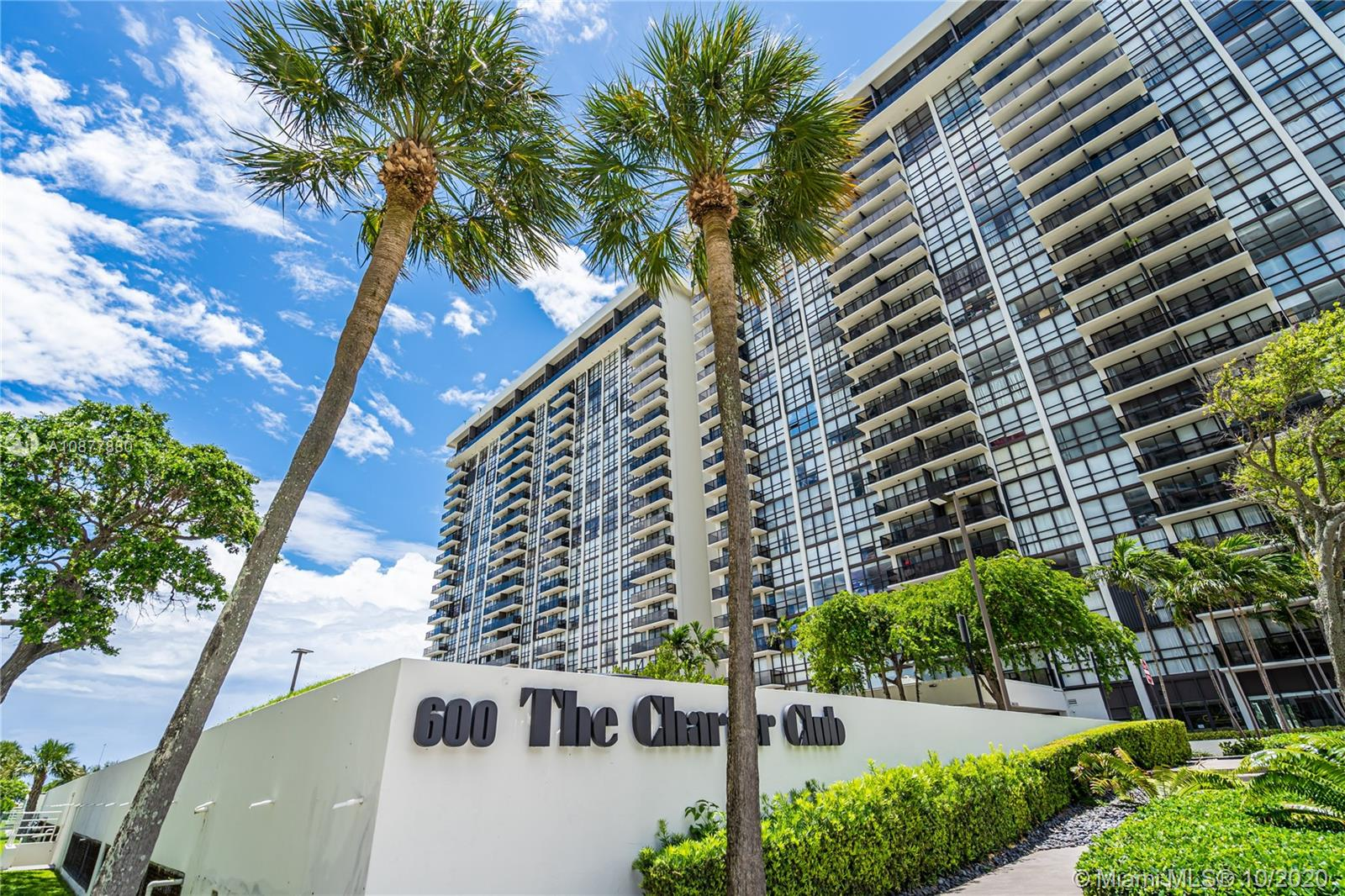 600 NE 36th St #323 For Sale A10877880, FL