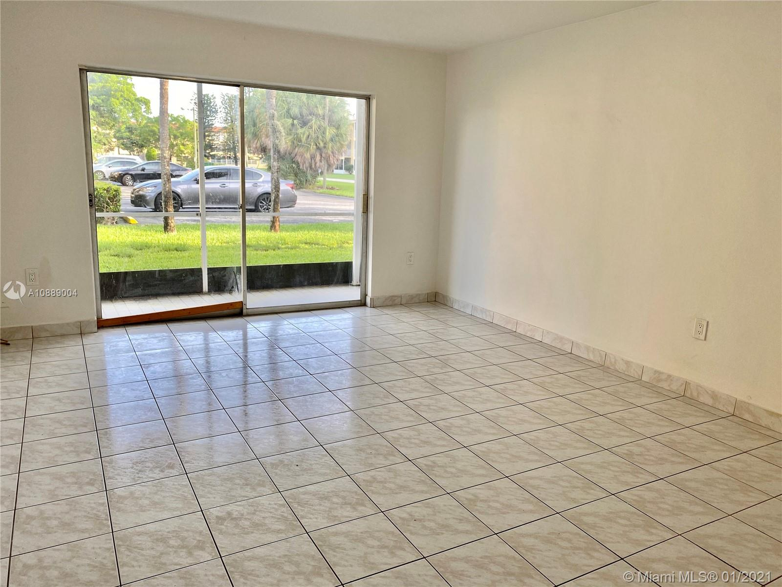 2800 NE 203rd St #2A For Sale A10889004, FL