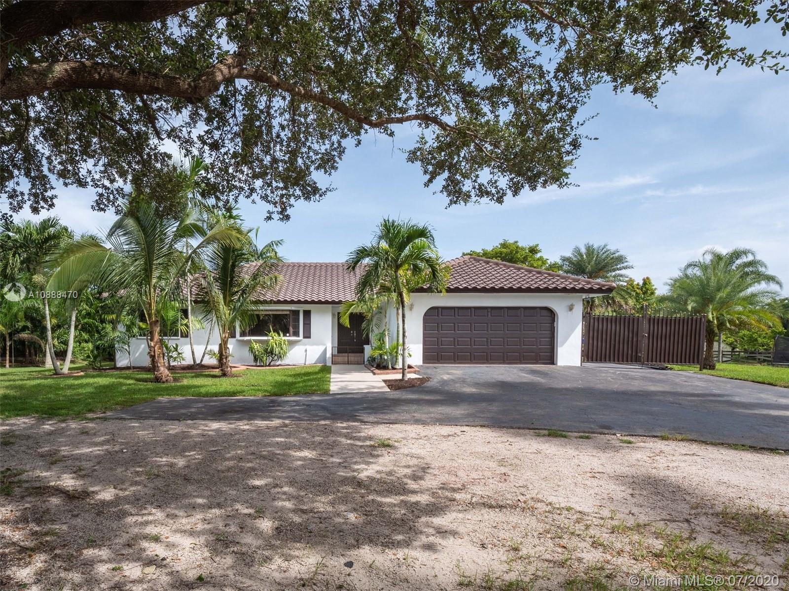 20211 SW 48th Pl  For Sale A10888470, FL