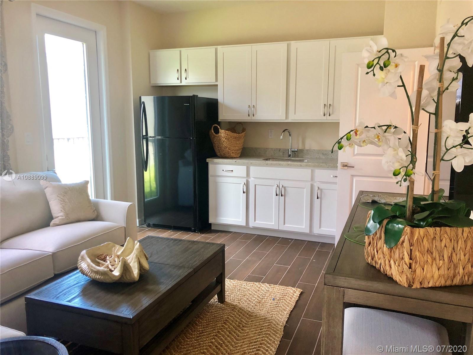 New Construction multi-gen home renting In-Laws Quarters. Full 1 bed 1 bath with kitchenette, living area, private entrance, parking, all utilities Included. Full size washer and dryer inside unit. Accordian shutters, no carpet. Easy to show.