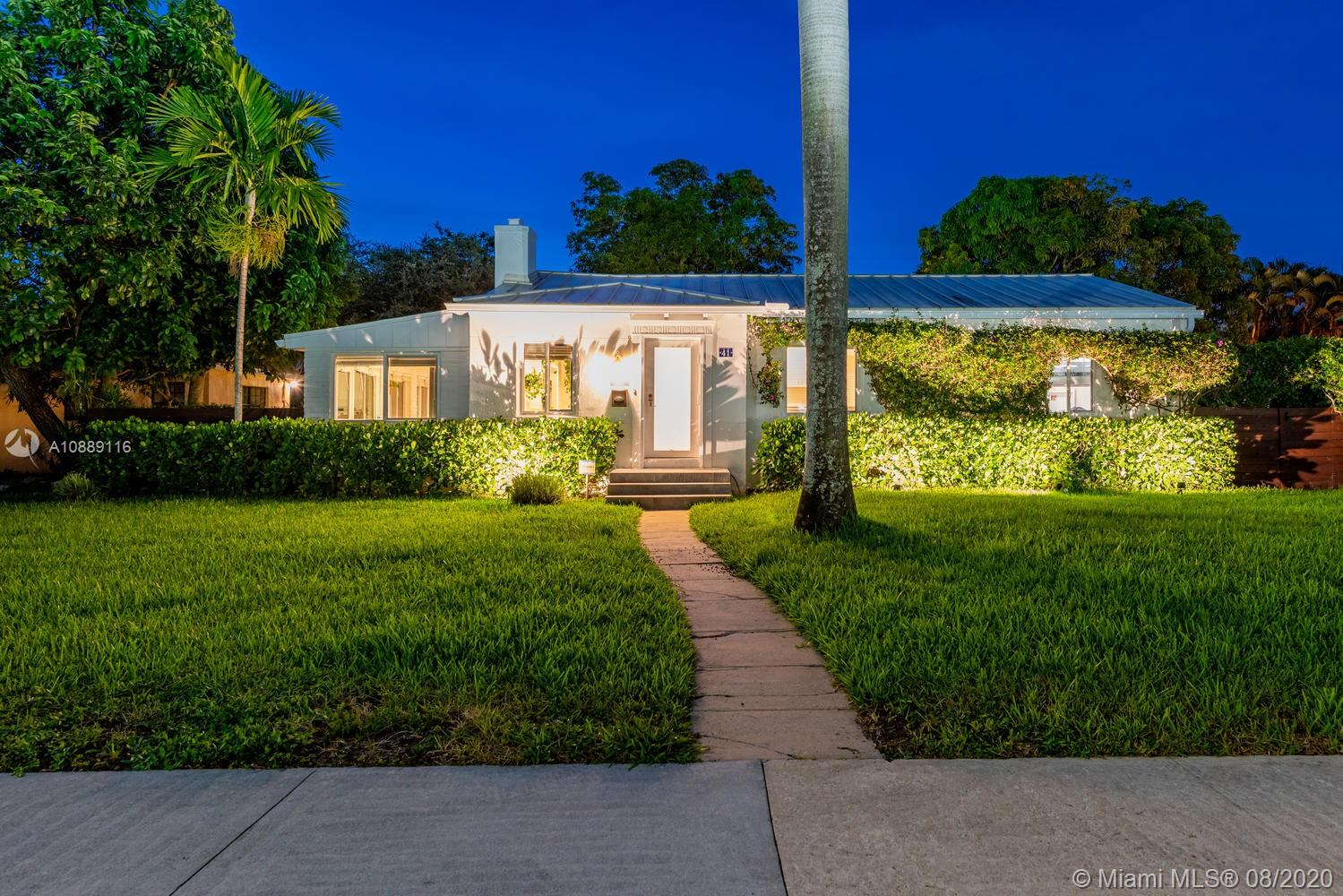 41 NW 109th St  For Sale A10889116, FL