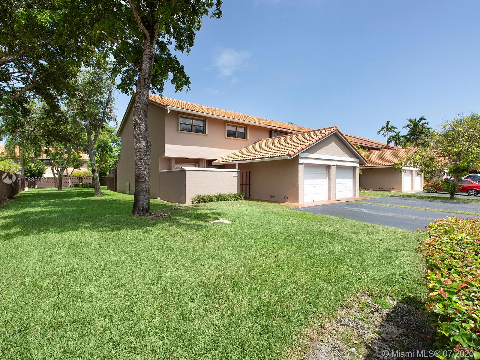 9101 SW 113th Place Cir W  For Sale A10885623, FL
