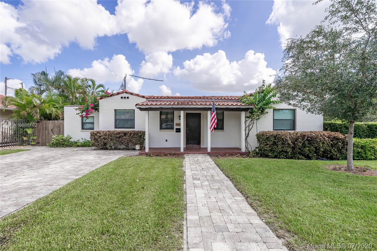 4501 SW 13th Ter  For Sale A10888182, FL