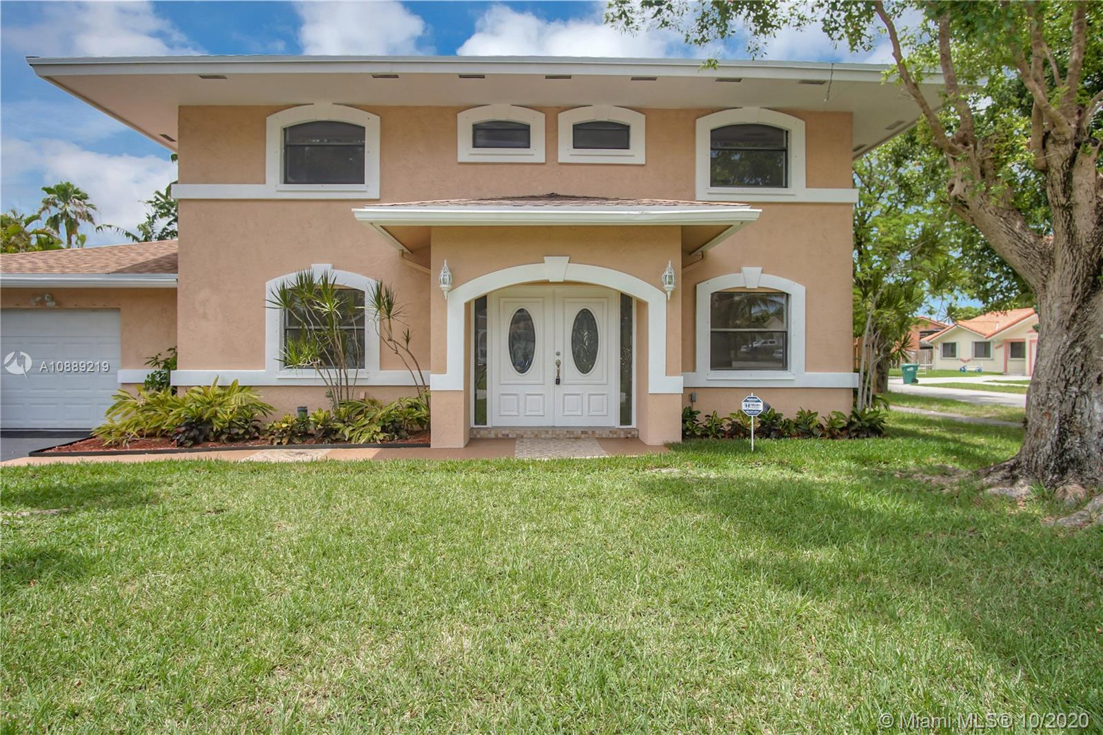 14702 SW 127th Pl  For Sale A10889219, FL