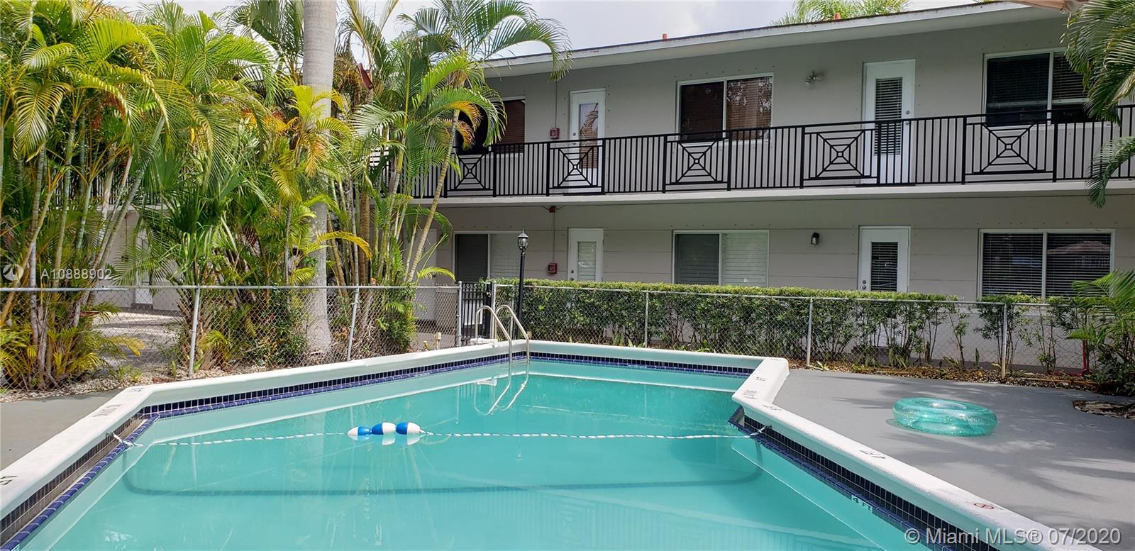 95  Edgewater Dr #102 For Sale A10888902, FL