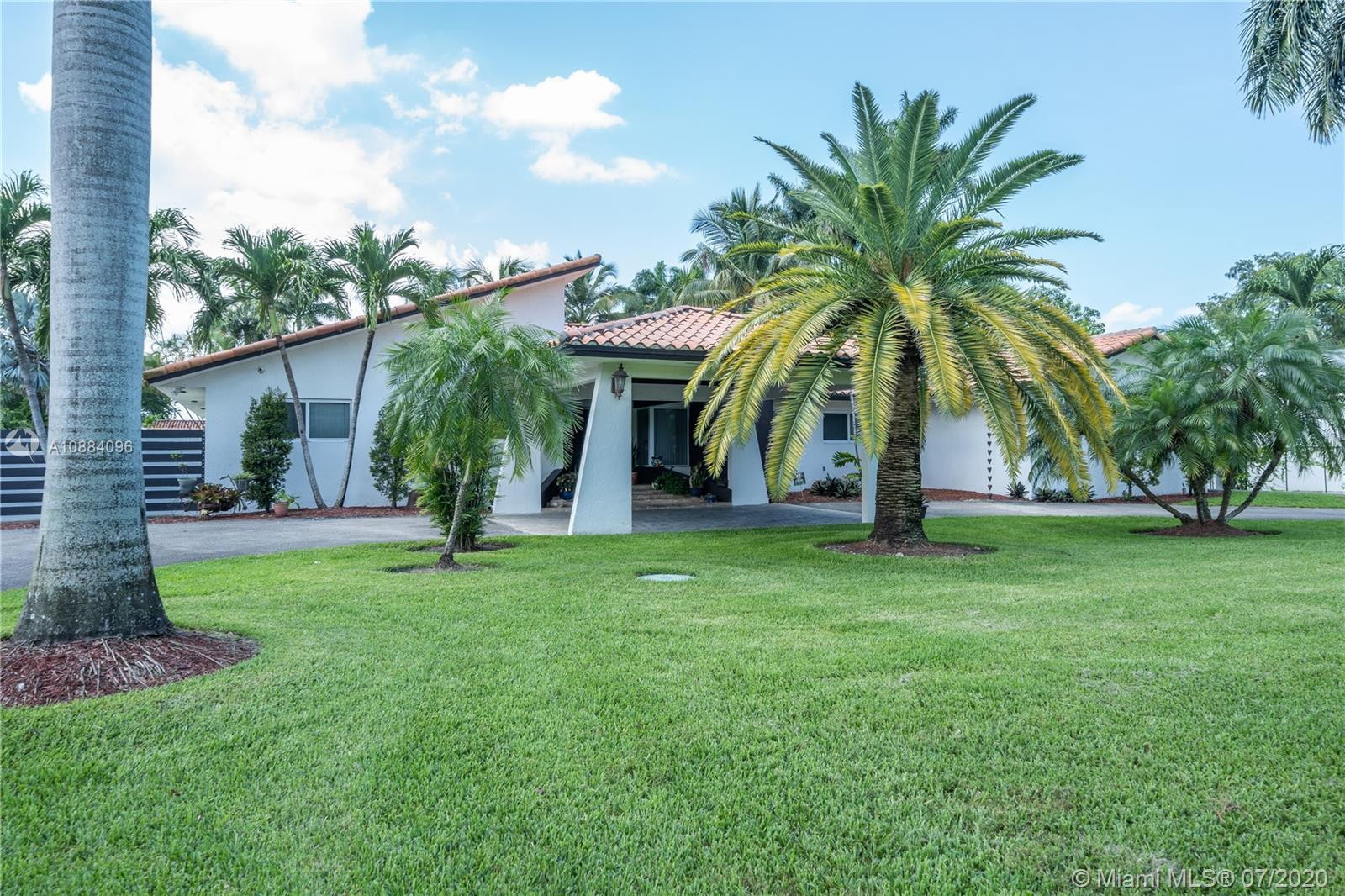 10144 NW 137th St  For Sale A10884096, FL