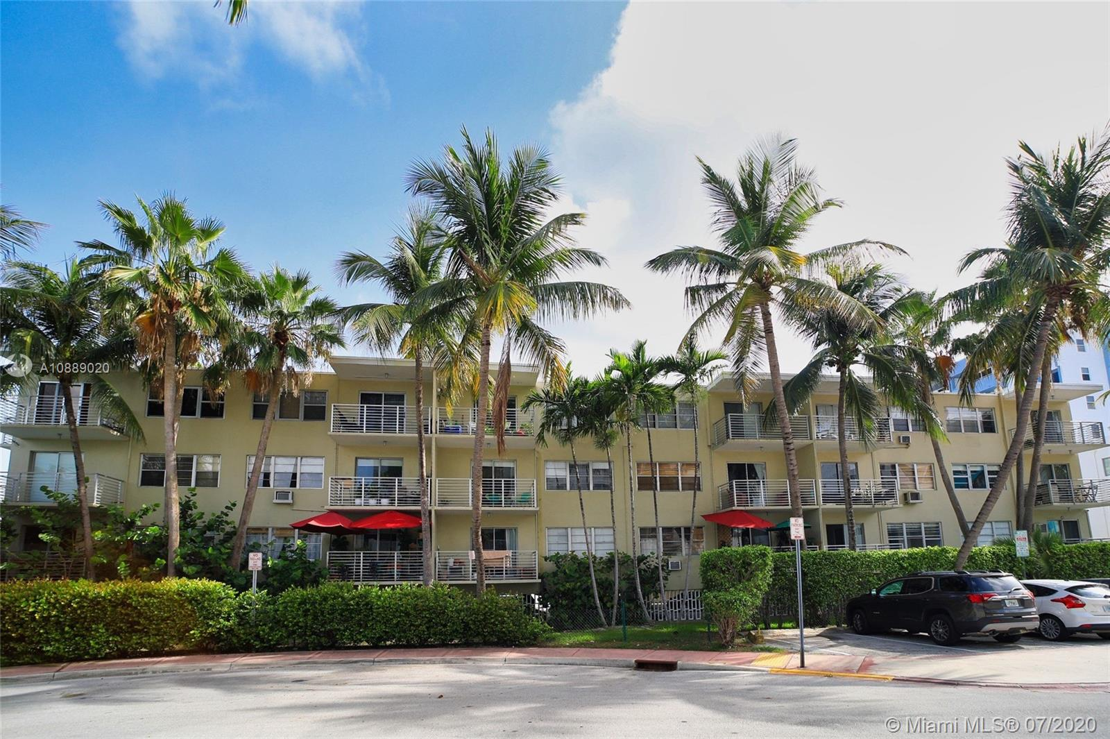 1441  Lincoln Rd #310 For Sale A10889020, FL