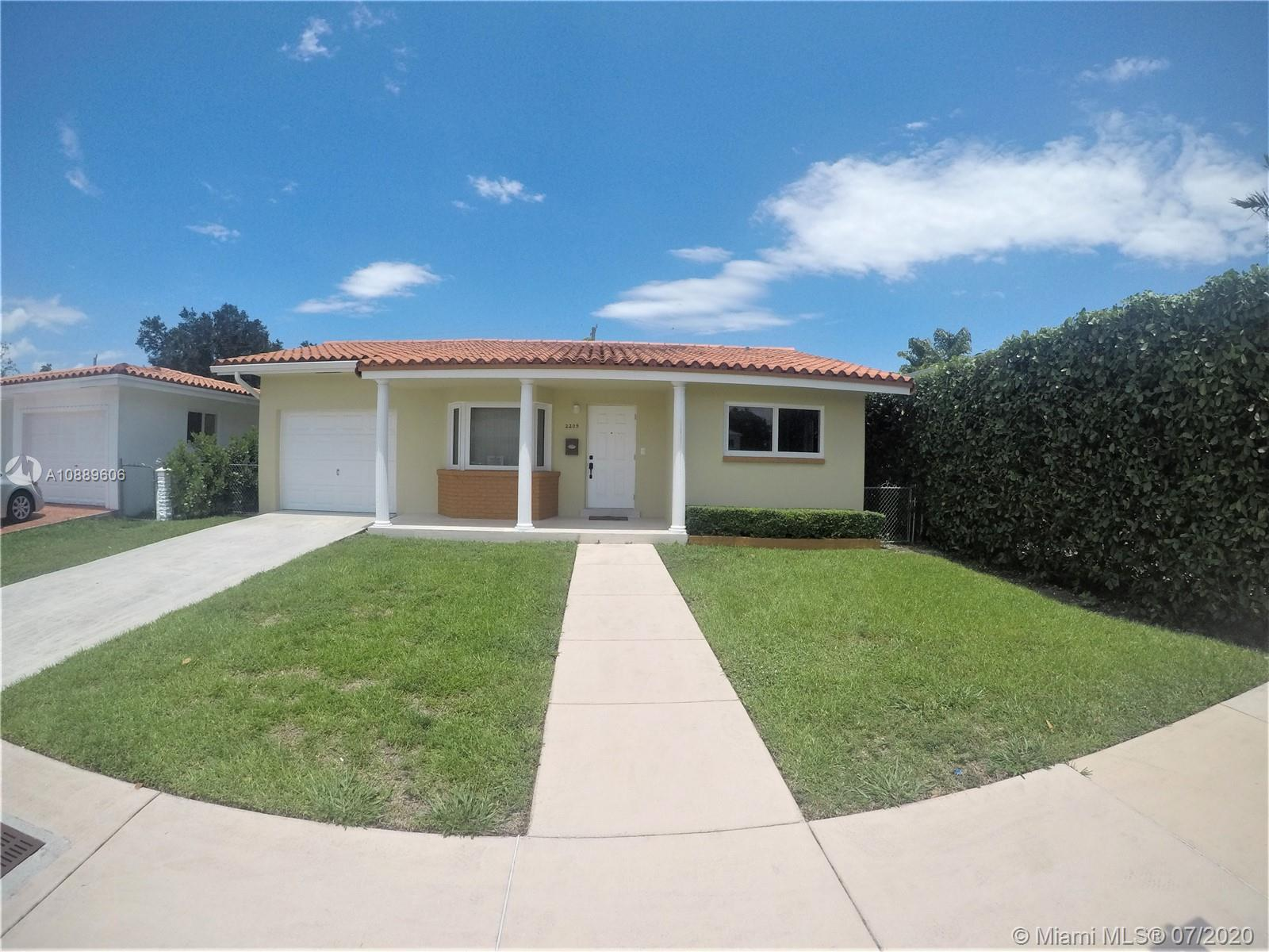 2205 SW 57th Ave  For Sale A10889606, FL