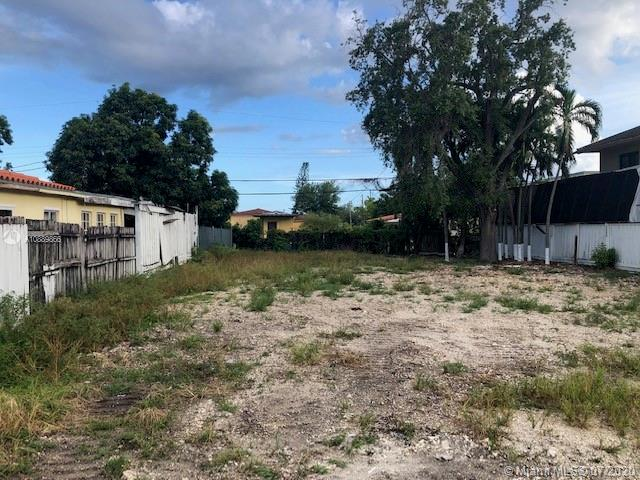 3266 SW 25th Ter  For Sale A10889866, FL