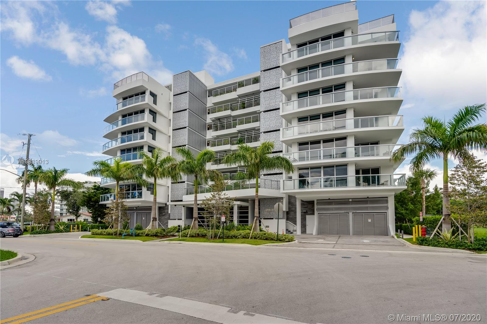 1100  100th St #701 For Sale A10889913, FL