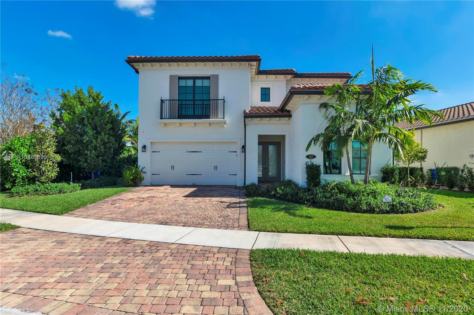917 SW 113th Way  For Sale A10889899, FL