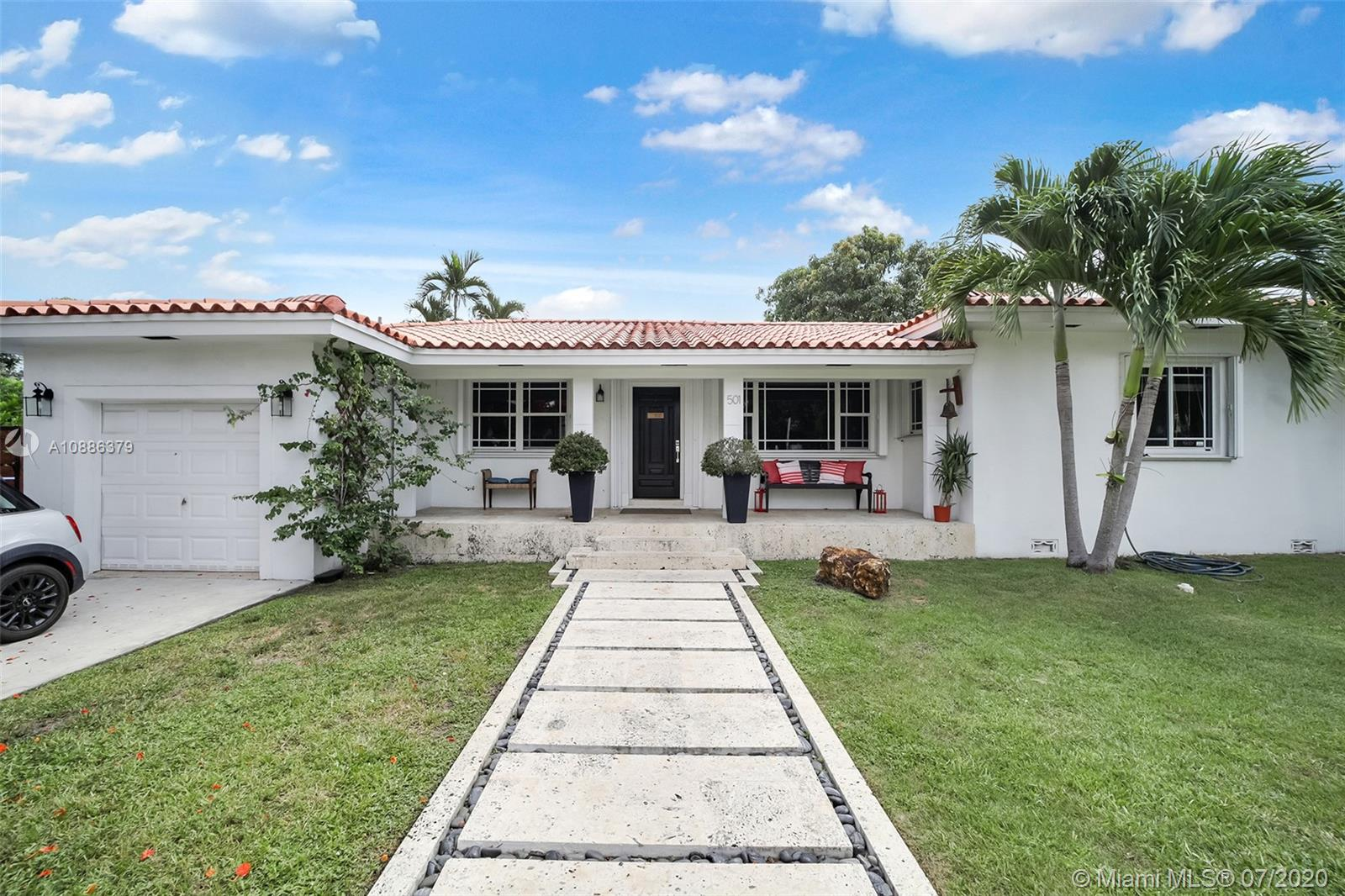 501 SW 19th Rd  For Sale A10886379, FL