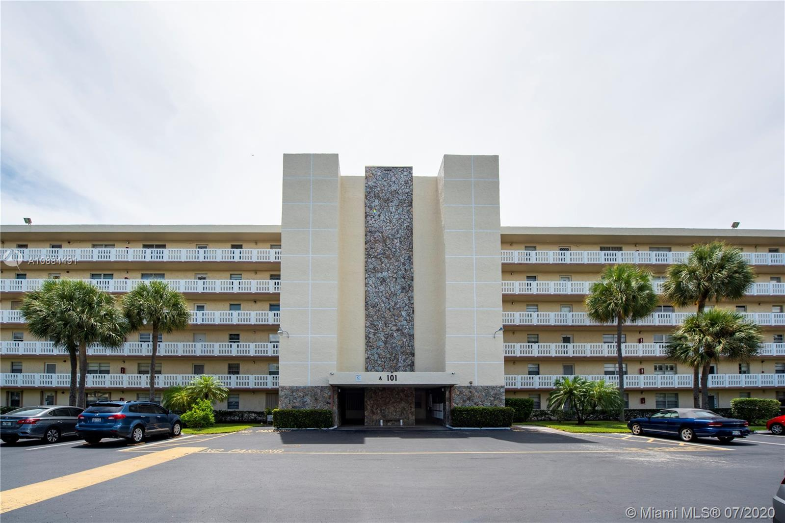 101 SE 3rd Ave #606 For Sale A10884491, FL