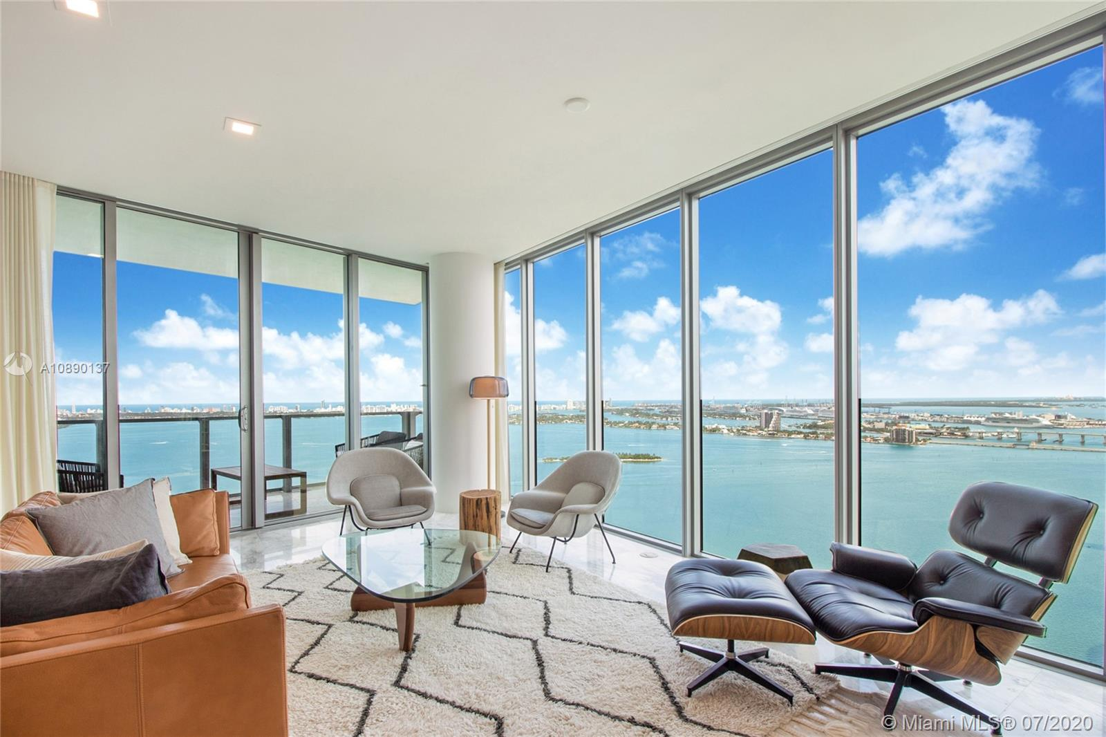 2900 NE 7th Ave #4207 For Sale A10890137, FL