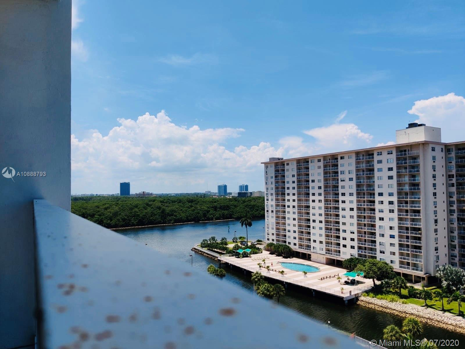 500  Bayview Dr #1023 For Sale A10888793, FL