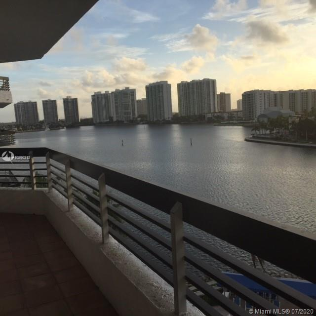 3530  Mystic Pointe Dr #802 For Sale A10890313, FL