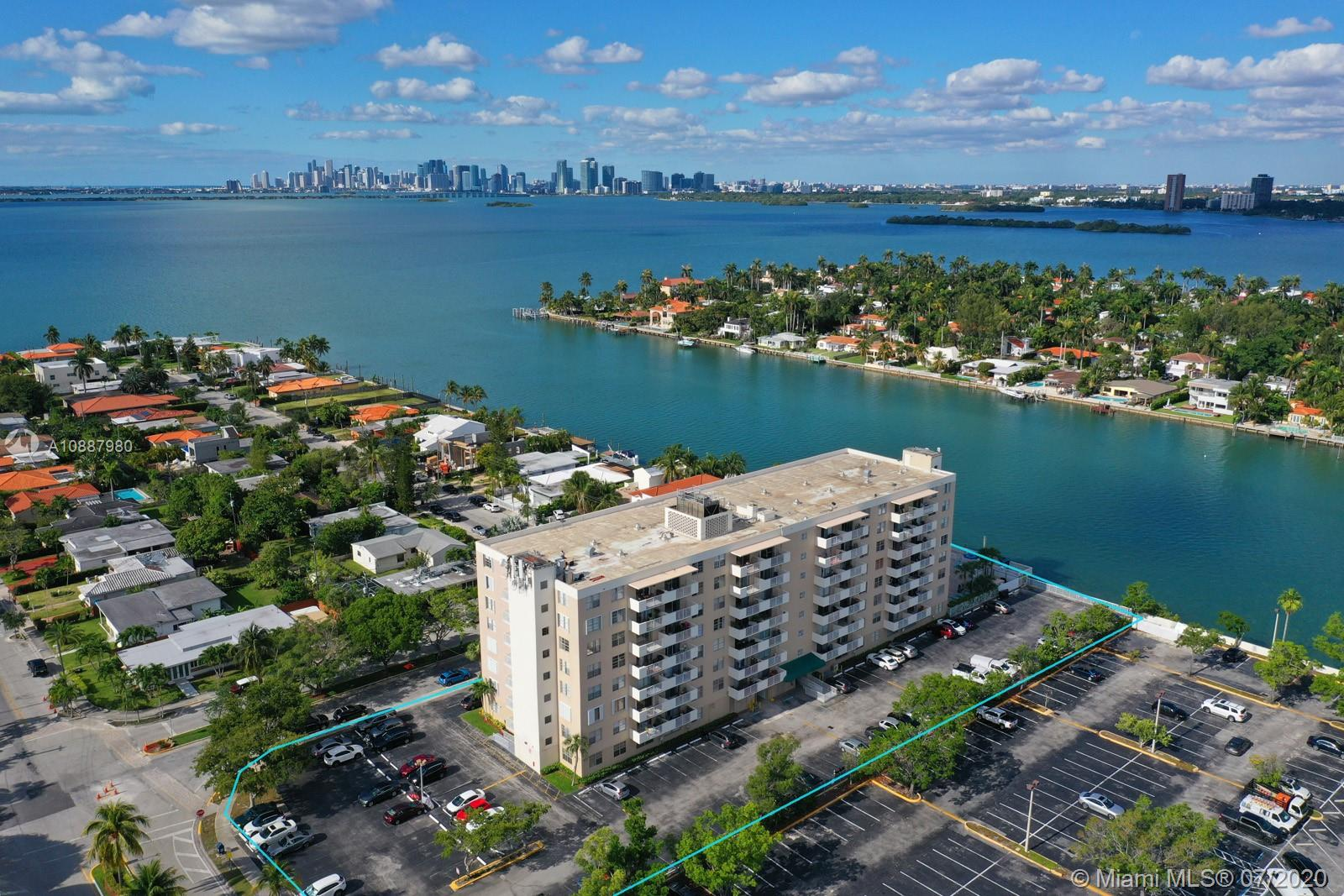 1455 N Treasure Dr #2R For Sale A10887980, FL