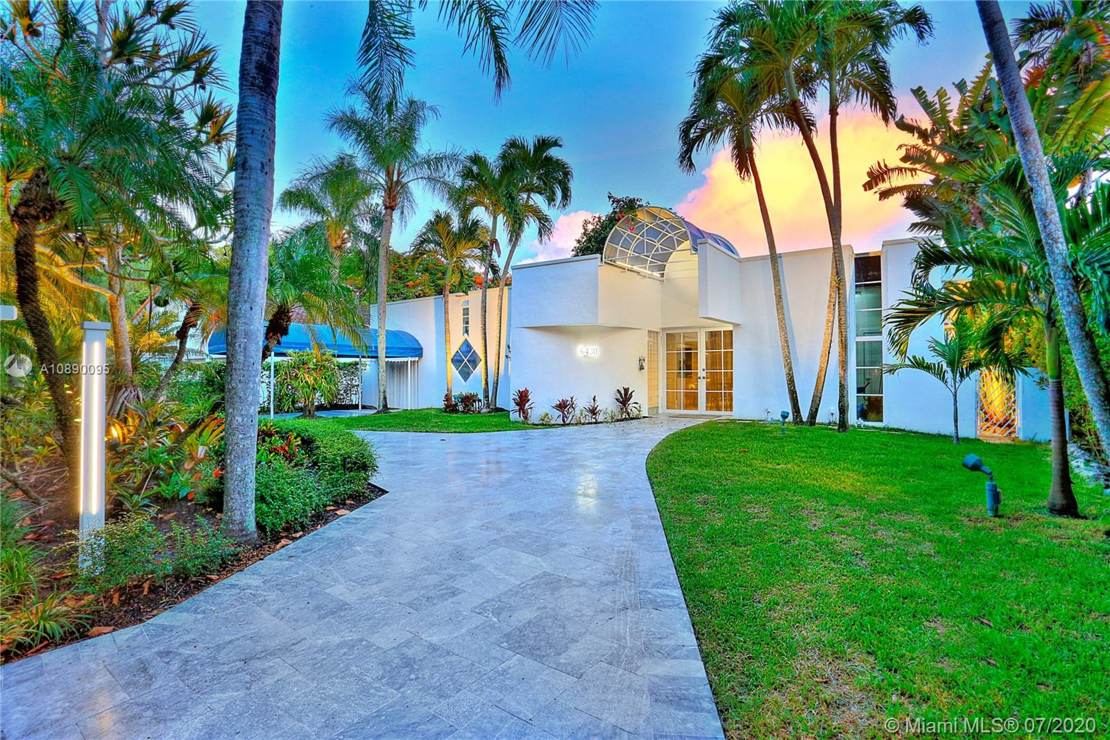 6430 SW 81 St  For Sale A10890095, FL
