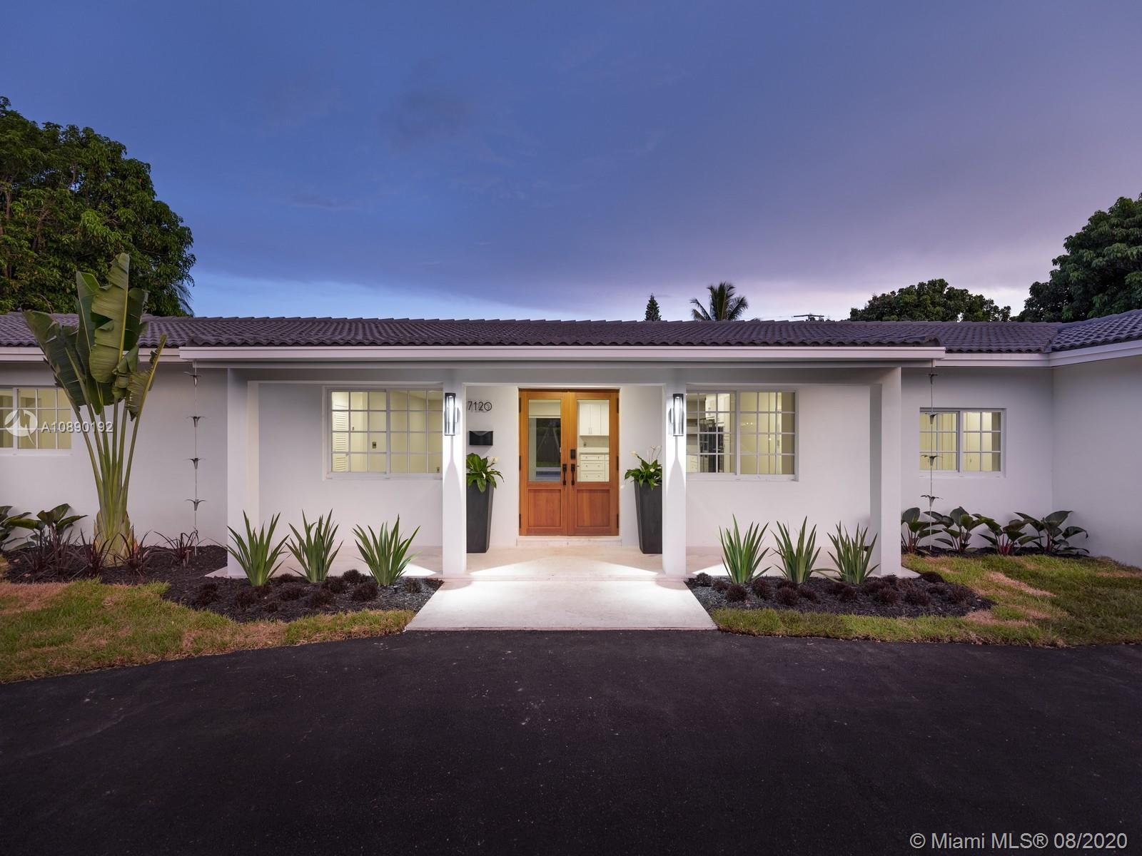 7120 SW 107th Ter  For Sale A10890192, FL