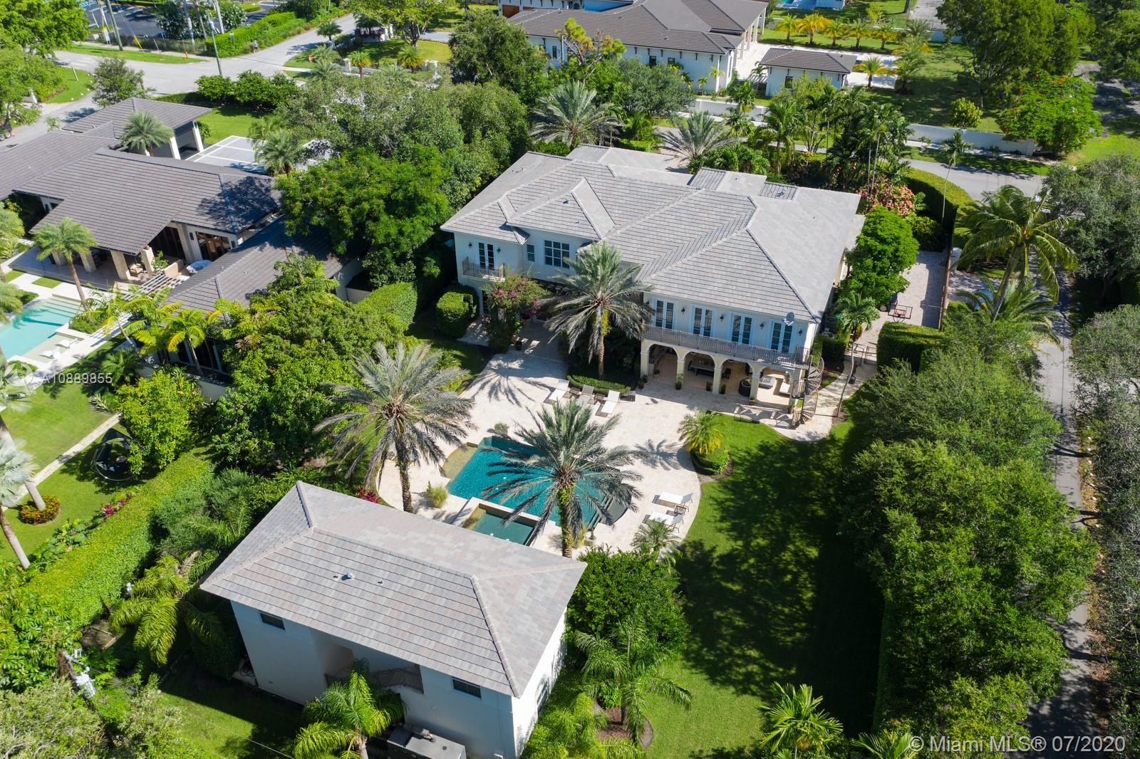 5350 SW 84th St  For Sale A10889855, FL