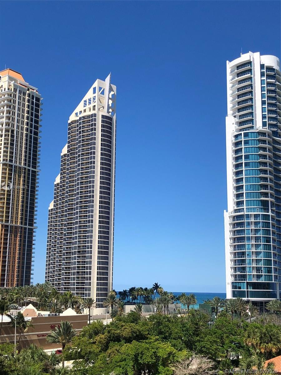 210  174th St #612 For Sale A10888671, FL