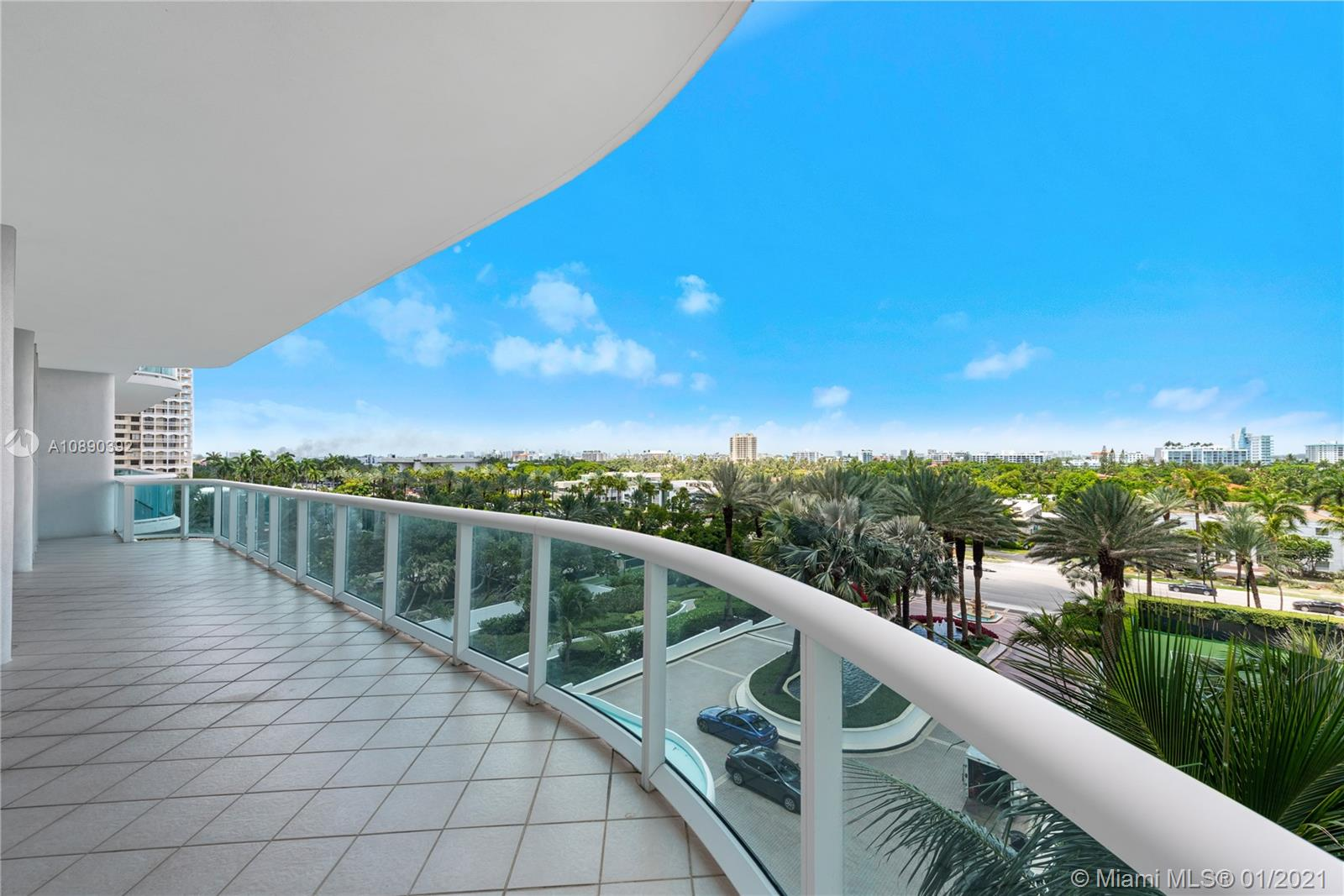 10101  Collins Ave #6A For Sale A10890392, FL